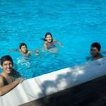 Öğretmen ve Öğrencilerimiz yüzerken